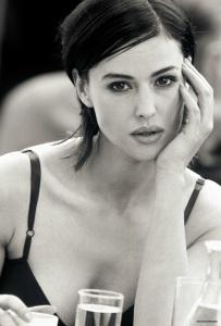 wanita tercantik sepanjang masa, Monica Bellucci